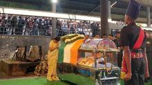 QBengaluru: Ananth Kumar Cremated; Reddy Bail Plea Reserved & More