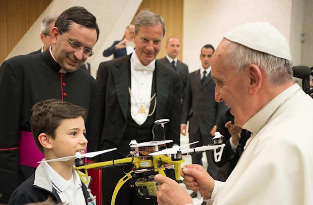 Roman schoolkids give the pope a drone of his own
