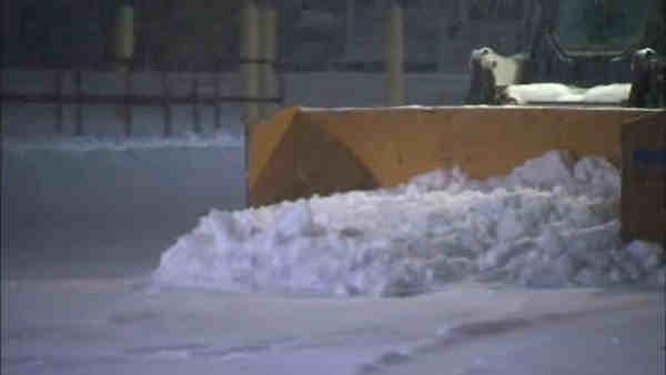 Snow-covered roads difficult for New Jersey drivers