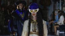 Gucci y la polémica de la moda proaborto: ¿puede un vestido con útero bordado marcar la diferencia?
