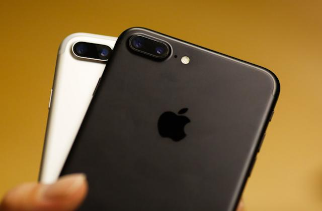Apple must pay $838 million for infringing CalTech's WiFi patents