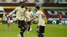 Manchester United vence o Aston Villa fora de casa e fica perto do G-4