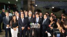Pedido de CPI do vazamento do óleo reúne mais de 200 assinaturas e é protocolado na Câmara
