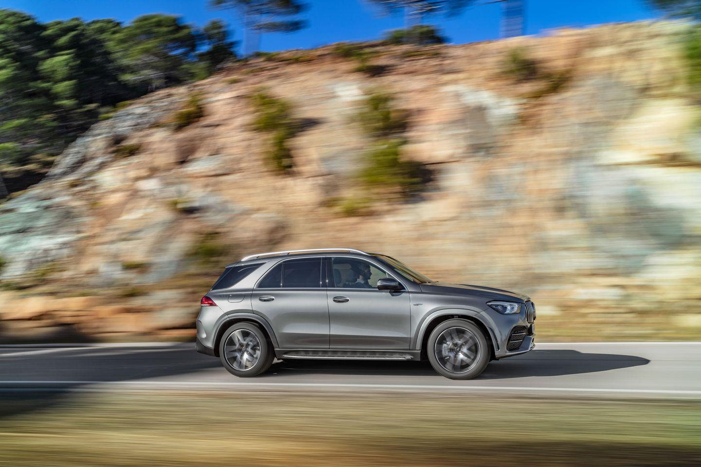 <p>AMG's hot-rod version of the new mid-size SUV replaces the GLE43. <br></p>