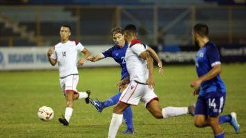 2-0. El mexicano De los Cobos fija récord y confirma a El Salvador en Liga A
