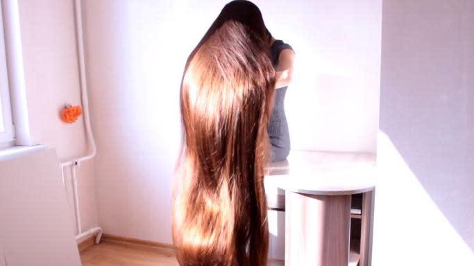 Long cheveux de dos