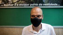 Covas diz que pandemia está estável em SP, enquanto Boulos, com Covid-19, fala em segunda onda