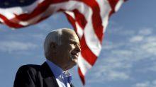 Republicanos esperan que Trump desista de ataques a McCain