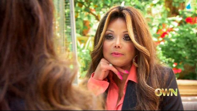 La Toya Jackson Shows Off Engagement Ring