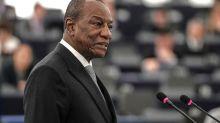 Guinée: Alpha Condé a «pris acte» de l'invitation à se présenter à la présidentielle
