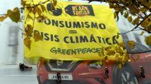Protestas en varios países contra el consumismo del 'Black Friday'