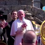 In Mosul, Pope releases dove and prays for dead