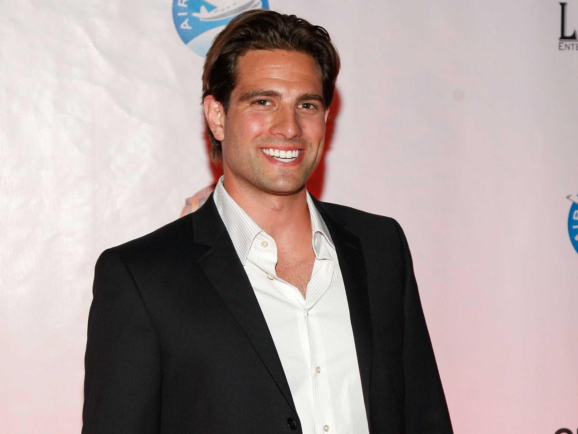 An hgtv star who 39 s invested in over 100 properties says for How much is scott mcgillivray house