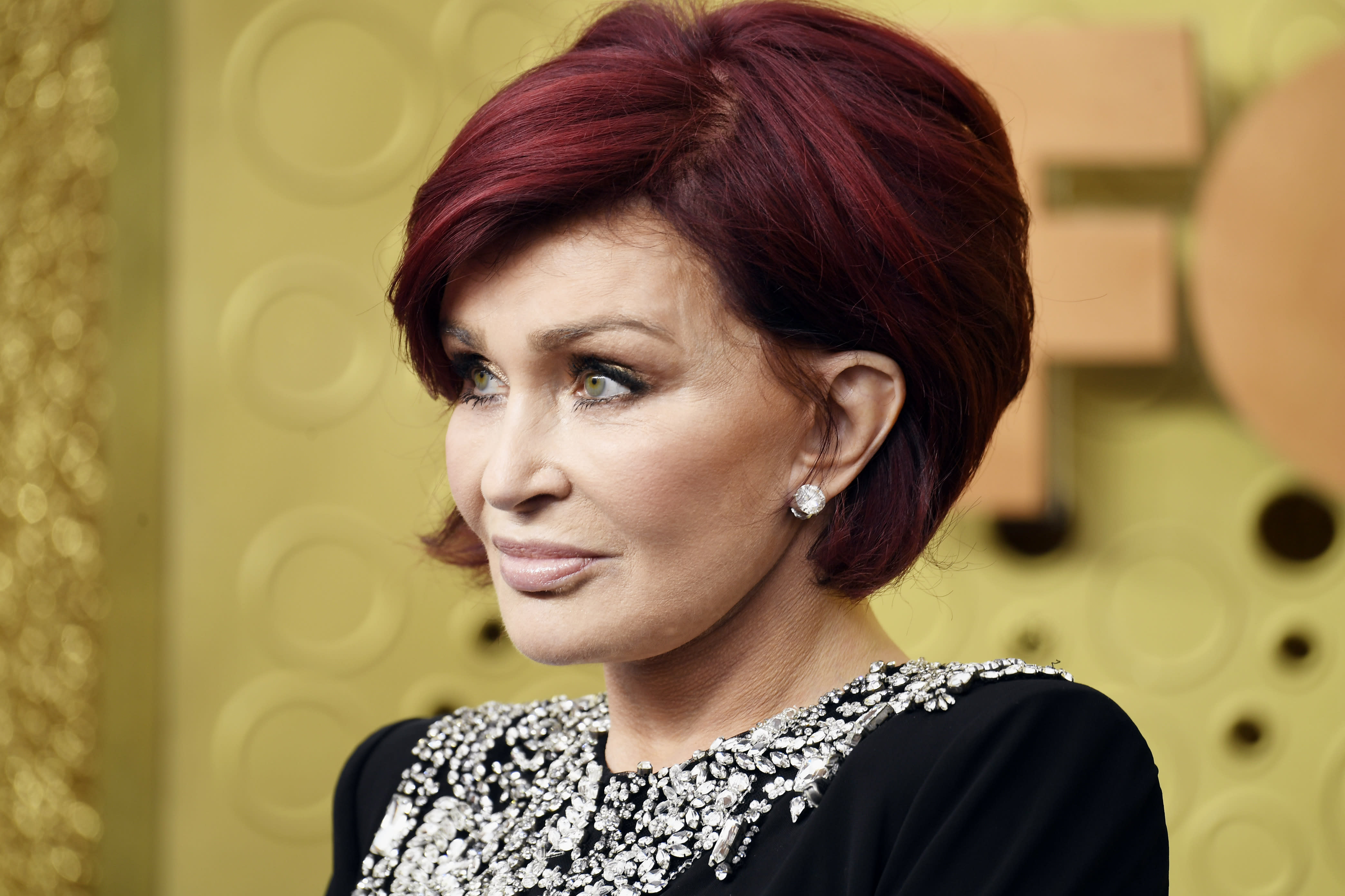 Sharon Osbourne says she can hardly feel her mouth following plastic surgery