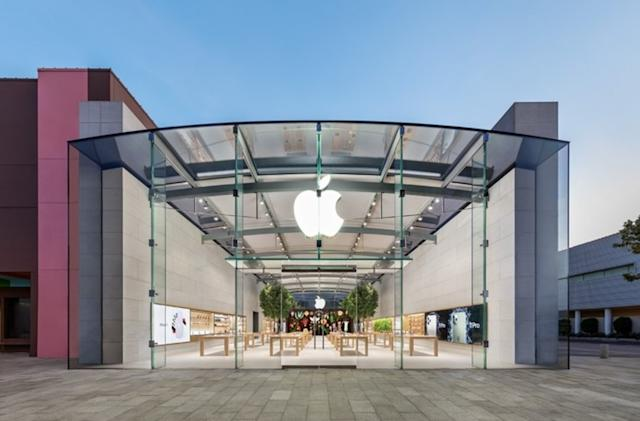 Apple is temporarily closing more stores due to COVID-19