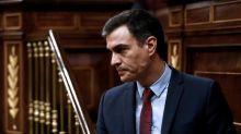 """Pedro Sánchez acusa a PP y Vox de """"falsedades palpables"""" durante la crisis en un pleno lleno de tensión"""