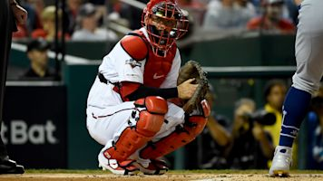 'The paranoia is real': Keeping fresh signs top of mind for catcher Kurt Suzuki vs. Astros