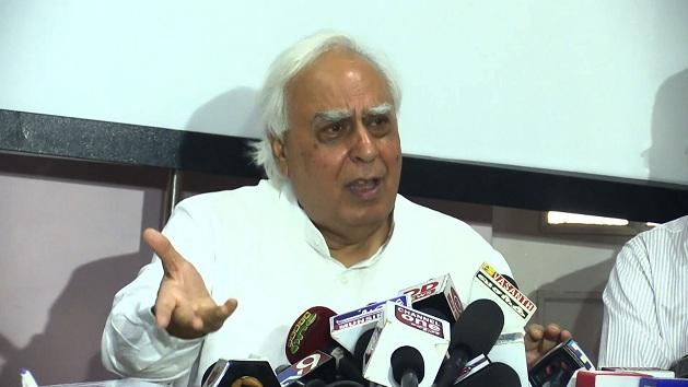 Sibal inaugurates Holiday Home in Aruna Nagar post office