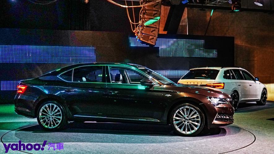小改款也能脫胎換骨!超級房車2021 Škoda Superb Limo & Combi車型聯袂登場! - 6