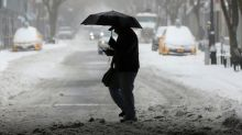 U.S. airlines get heat from passengers over snowstorm cancellations