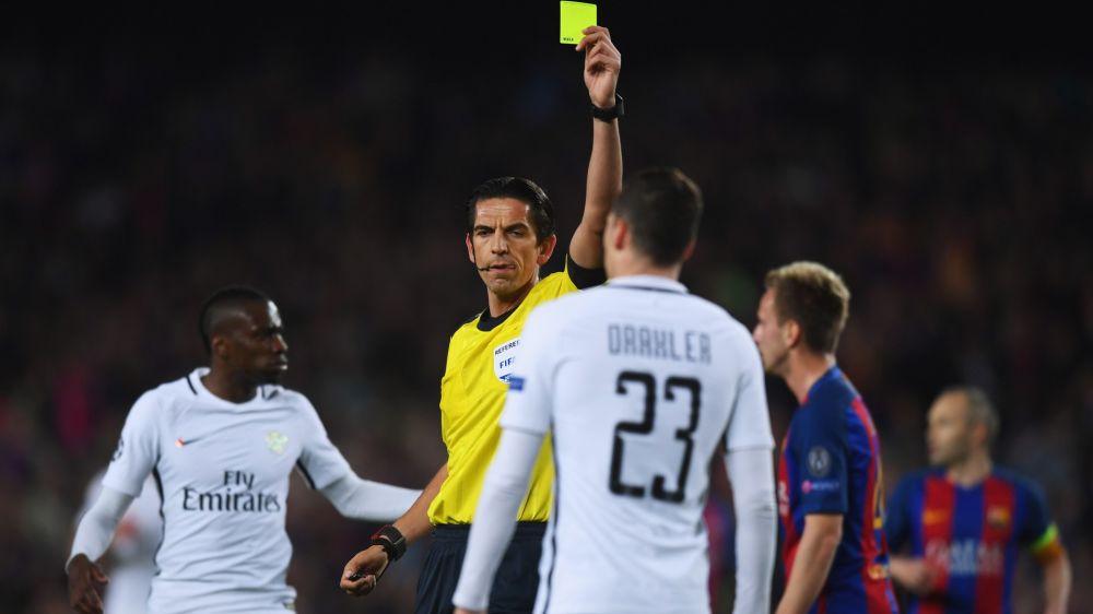 PSG condena atuação do árbitro Deniz Aytekin em carta à UEFA