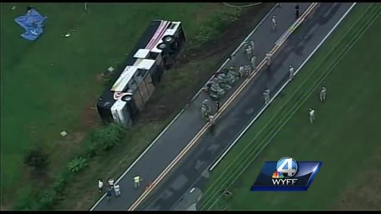 National Guard soldiers hurt in bus wreck