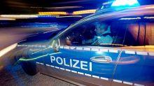 Polizeieinsatz: Unfall an der Schönhauser Allee: Radfahrerin schwer verletzt