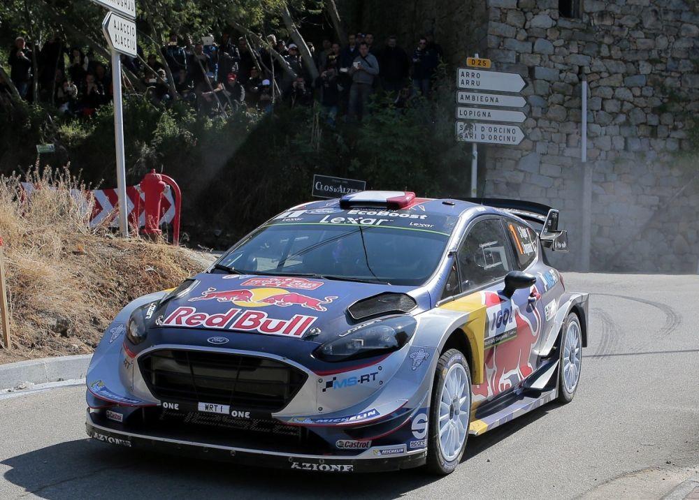 Rallye de Corse: Neuville garde la tête, Ogier cède du terrain