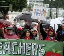 Latest: California governor urges end to LA teacher strike