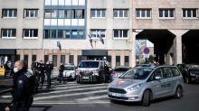 """Vu du Royaume-Uni. """"En France, il y a une confrontation permanente entre police et population"""""""