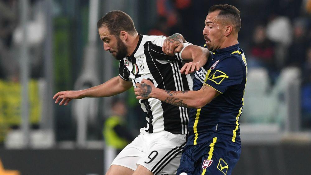 "Juventus Turin, Higuain : ""Barcelone nous respecte"""