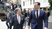 Kampfabstimmung um CDU-Vorsitz: CDU vor Richtungsentscheid