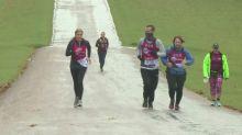 Countess of Wessex joins Mencap runner for London Marathon