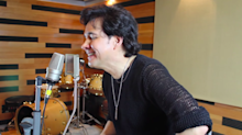 El inesperado regreso de Gilberto Gless y su popular versión de 'Tusa'