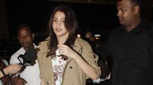 Anushka's family takes off to Italy with family pandit