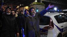 Le journaliste Taha Bouhafs présenté à un juge d'instruction après la sortie perturbée d'Emmanuel Macron au théâtre