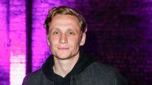 Matthias Schweighöfer hat Probleme mit dem Schlafen