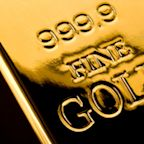 Gold Price Forecast – Gold Markets Continue to Press Top of Triangle