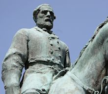 Charlottesville Shrouds Its Confederate Statues In Black To Mourn Heather Heyer