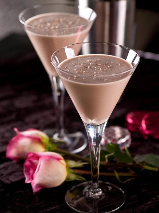 """<p>To follow a romantic meal, delight your special someone with this sweet and creamy cocktail. <b><a href=""""http://www.hgtv.com/design/make-and-celebrate/entertaining/valentinos-delight-cocktail?oc=PTNR-YahooMakers-HGTV-valentines_cocktails"""" rel=""""nofollow noopener"""" target=""""_blank"""" data-ylk=""""slk:Get the recipe."""" class=""""link rapid-noclick-resp"""">Get the recipe.</a></b></p>"""