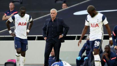 Tottenham e Milan avançam na fase prévia da Liga Europa