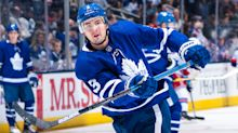 Maple Leafs re-sign Justin Holl to three-year extension