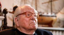 A 90 ans, Jean-Marie le Pen veut se réconcilier avec ses filles