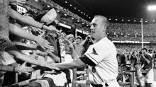 The Iron Man ovation: Baltimore's 22-minute appreciation of Cal Ripken Jr., 25 years later