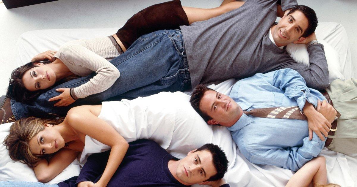 Jennifer Aniston tells story of Friends cast's prefame Las Vegas trip