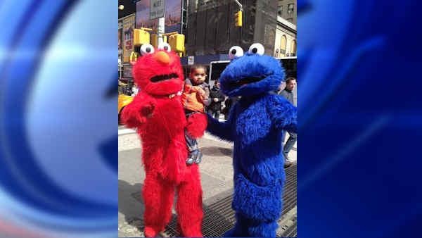 Times Square Cookie Monster arrested for child endangerment