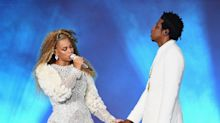 Beyoncé and Jay-Z dedicate Detroit concert to ailing Aretha Franklin