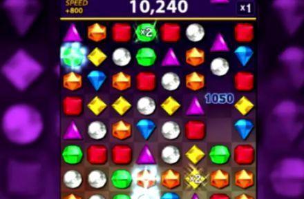 PopCap revamps Bejeweled on iOS, sends Bejeweled Blitz freemium