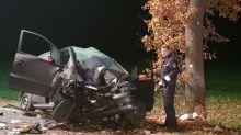 Emsland: 2 Menschen sterben bei mysteriösem Autounfall –keine Bremsspuren