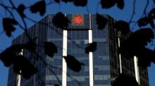 Australian banks extend loan holiday for struggling borrowers